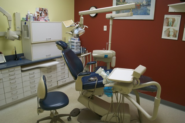 Colossus Dental Center